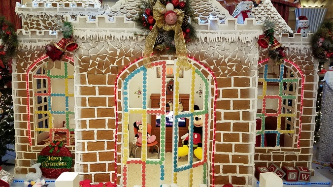 dream-gingerbread-house-11-2016