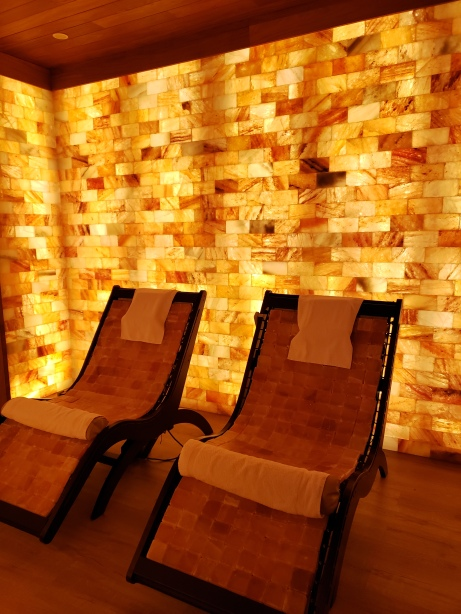 The Jewel Grande's Himalayan salt room