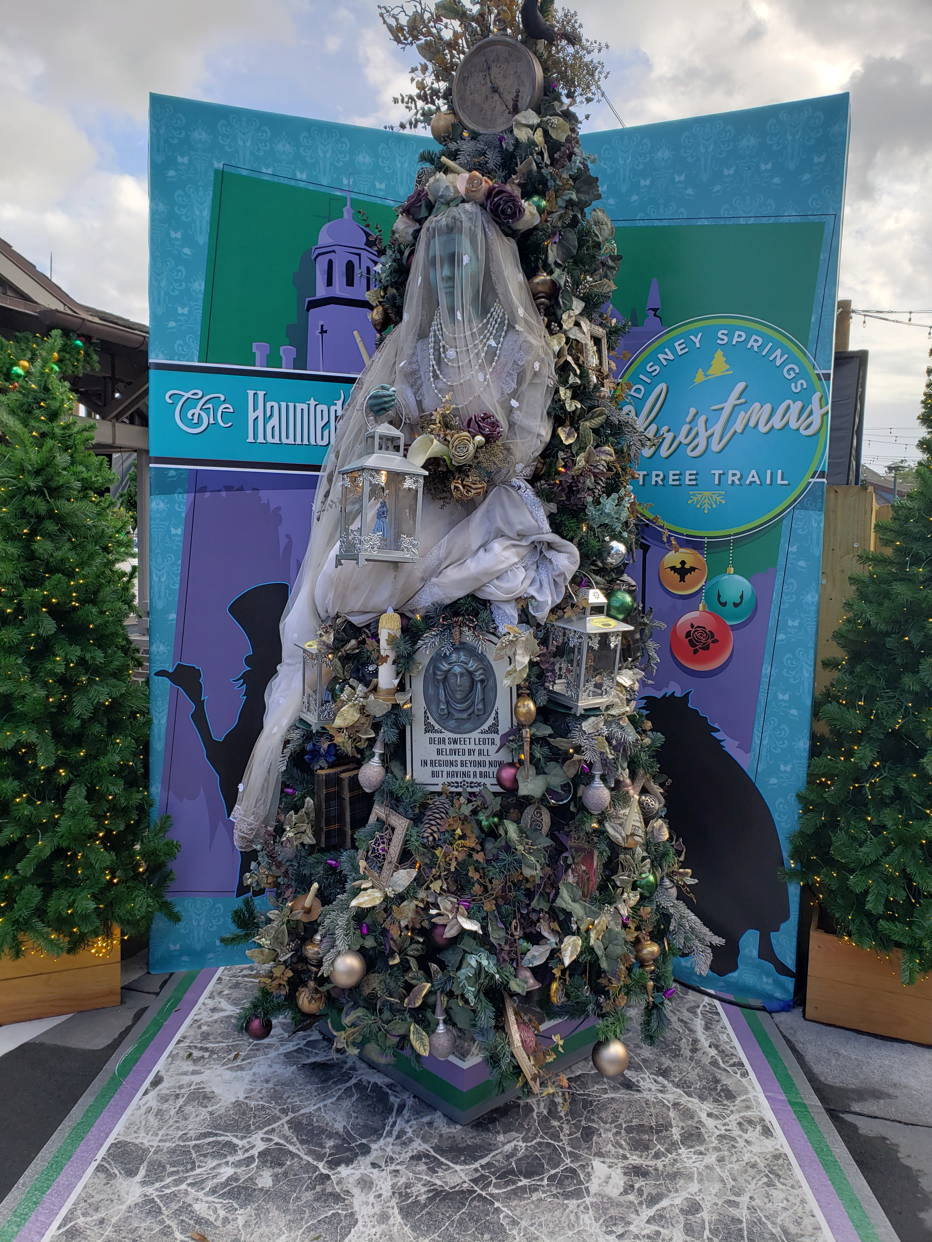 Haunted Mansion tree