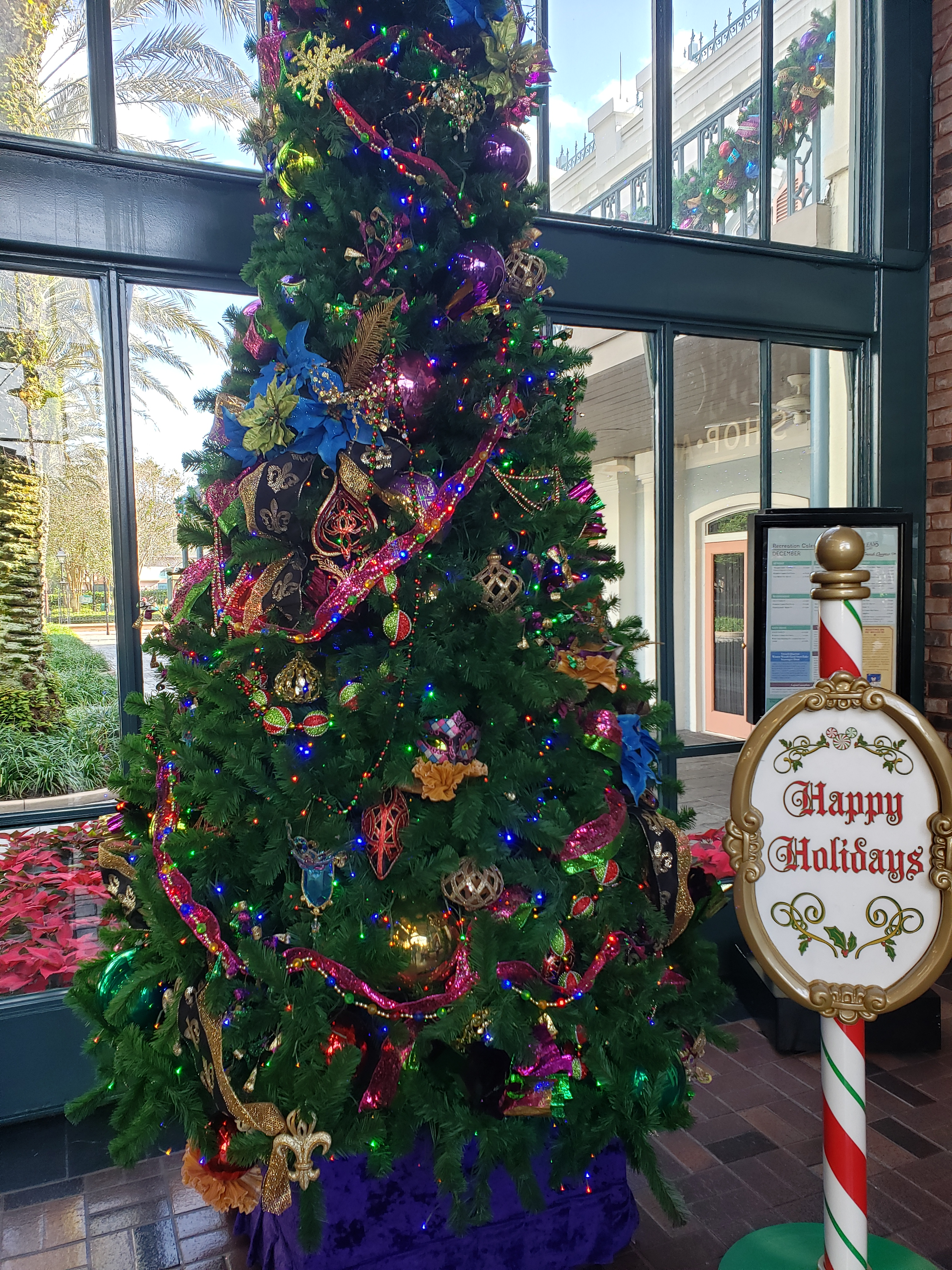 Lobby tree at Port Orleans French Quarter